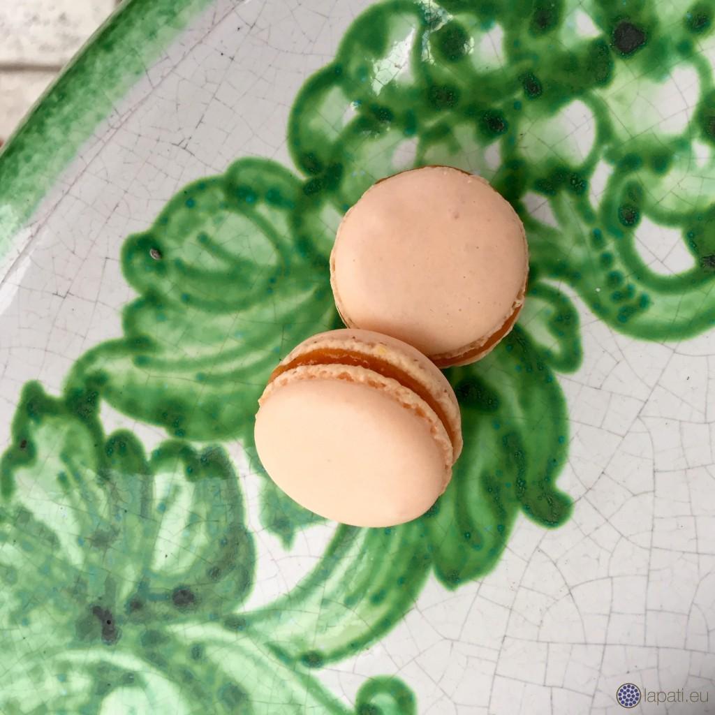 AprikosenMacarons.1