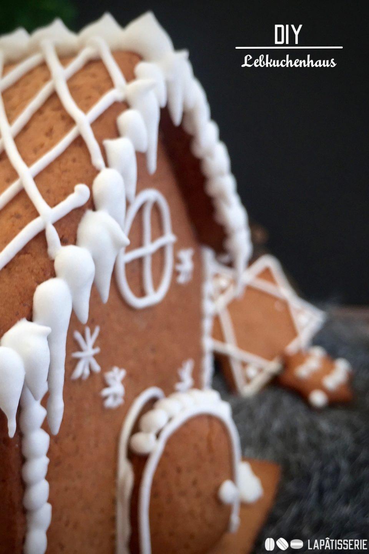 Das Haus für zu Hause verbreitet wohlige Wärme und einen tollen Duft: Oder einfach festliches Lebkuchenhaus.