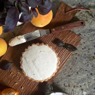 Noch unbelegt: Die fruchtigen Tartelettes mit Aprikose und Mascarponecreme.