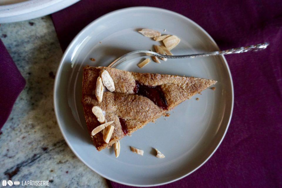 Ein Stück Linzer Torte und ihr wollt gleich ein zweites.