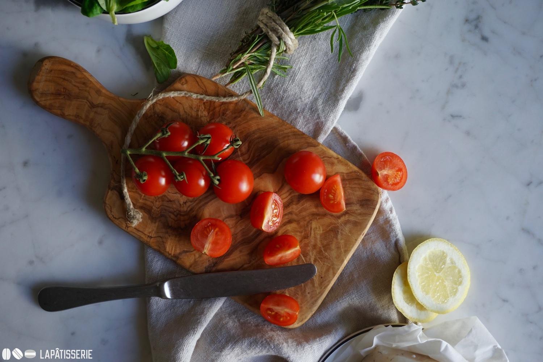 Vorbereitung ist alles. Die Tomaten warten schon.